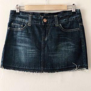 🦅American Eagle Denim Mini Skirt. Size 4. EUC!